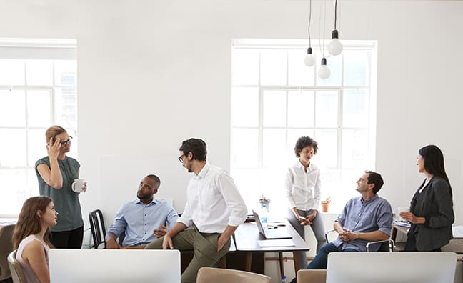 15 Culture Perks to Boost Team Productivity During the Summer
